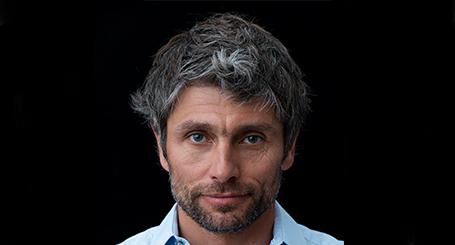 Conférences de Nicolas Hale Woods, organisateur d'événements freeride légendaires, sur la motivation et le leadership management, par UnoMe le Swiss Speakers' Bureau