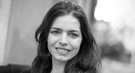 Céline Van Till's conferences about well-being at work, motivation and leadership - by UnoMe the Swiss Speakers' Bureau